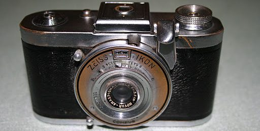 John's Cameras. A collection of interesting and old cameras.