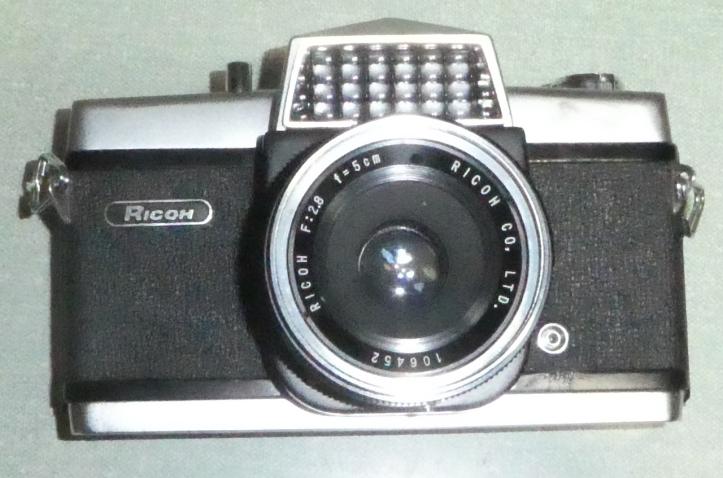 Ricoh 35 Flex  www.oldcamera.blog